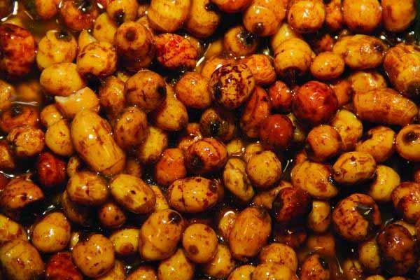 Смесь зерновых Dynamite Baits Frenzied Feeder Mini Tiger Nuts - Jar