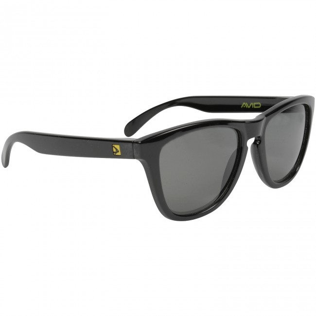 Очки с футляром Avid Carp Polarised Sunglasses Smokey Grey