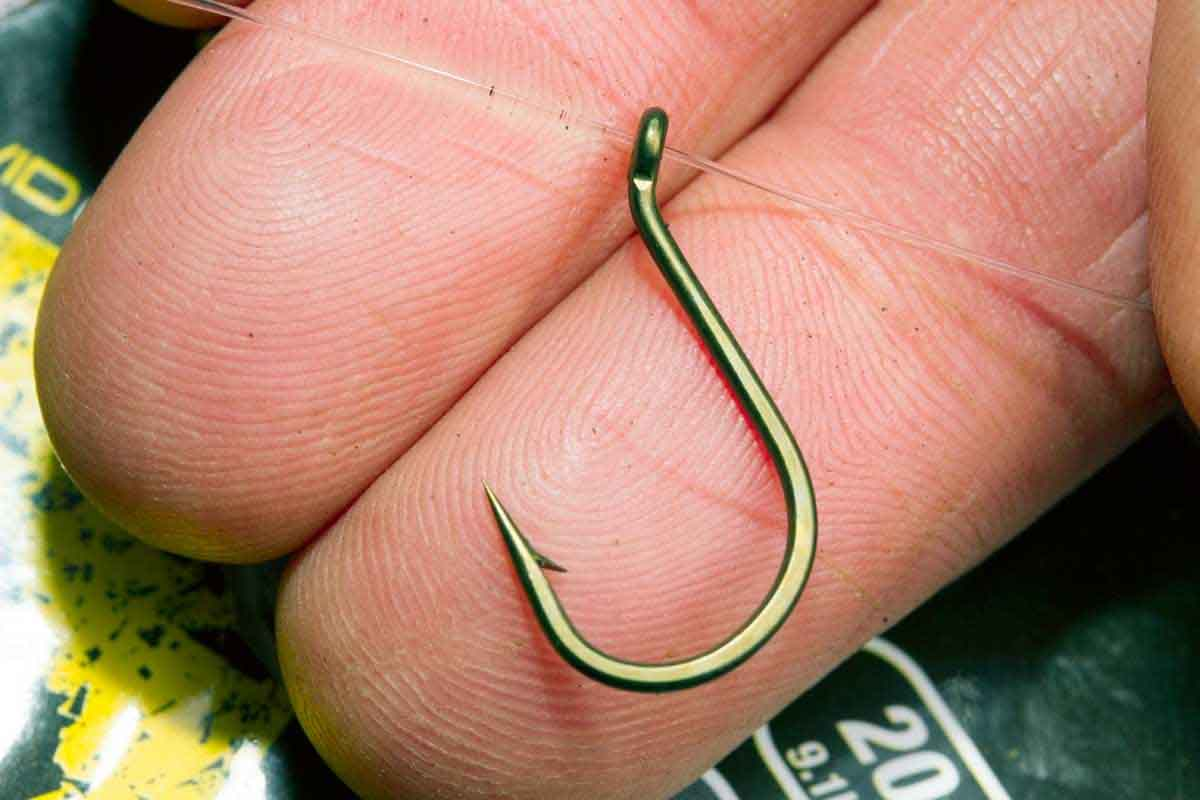 Крючок карповый Avid Carp Reaction Range Hooks Chod Rig № 4